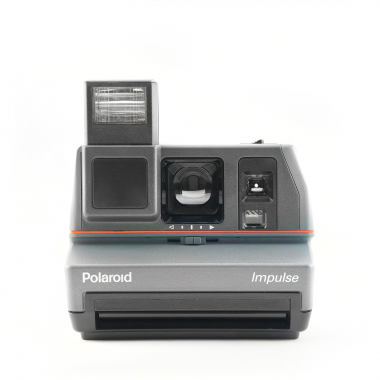 photo gifts - Polaroid 600 Impulse Camera